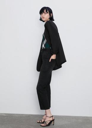 Zara джинсы с высокой посадкой и накладными карманами