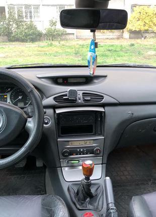 Renault laguna 2. Машина автомобиль.