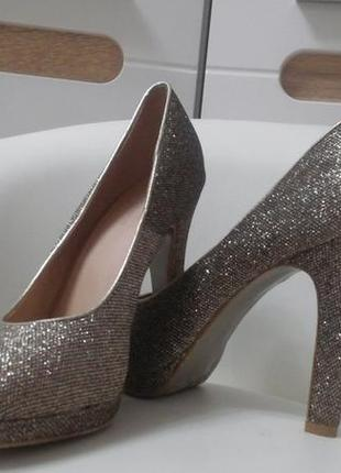 Шикарные вечерние блестящие туфли graceland на платформе разме...