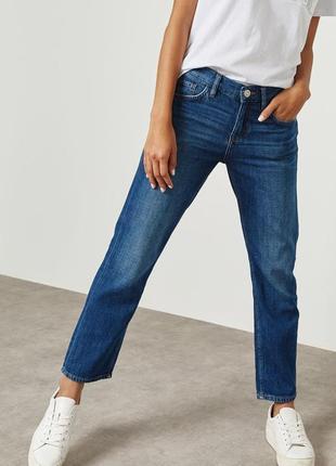 Прямые джинсы средняя посадка от mango