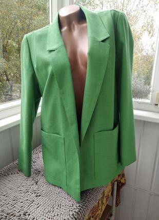 Красивый  пиджак большого размера edinburgh