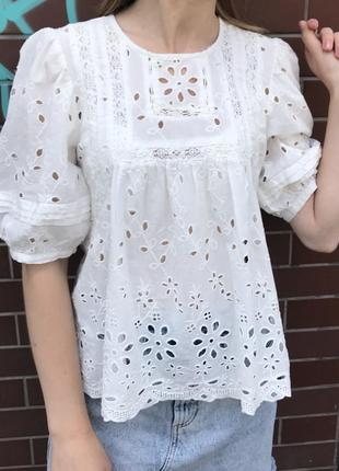 Блуза с ажурной вышивкой zara original