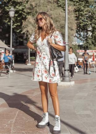 Льняное платье в цветочный принт от zara