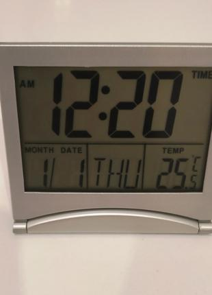 Новые цифровые настольные часы (термометр, календарь, будильник)