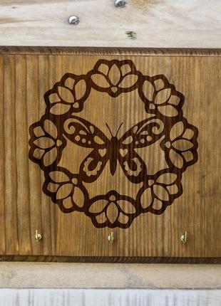 "Настенная ключница ""Бабочка"" 08 из дерева"