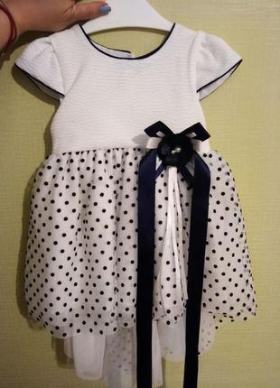 Праздничное платье на девочку 1,5-2 года