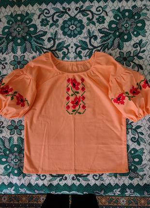 Блузка вышитая, вышиванка ручной работы из натурально...