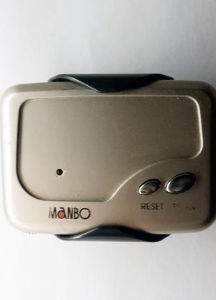 Радіоприймач Manbo на батарейках з тримачем