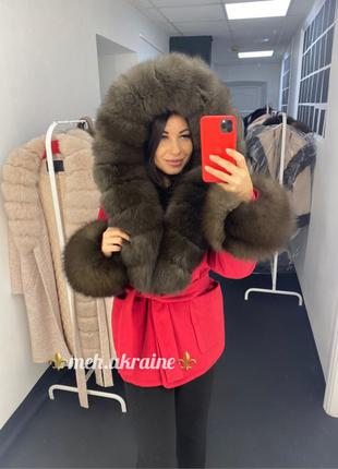 пальто с натуральным мехом, новое пальто с капюшоном