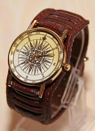 Мужские часы. часы компас.