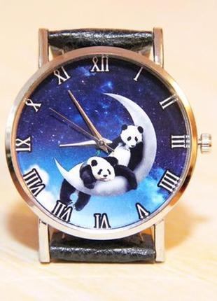 Часы панды на луне. женски часы. рождественские часы. часы лун...