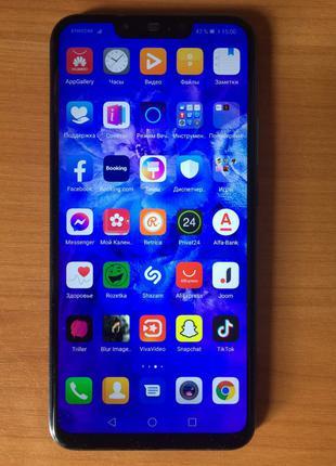 Продам смартфон HUAWEI P Smart Plus 2018 4/64Gb