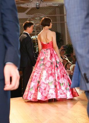 Вечернее платье на выпускной или просто торжественный вечер