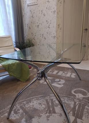 Стол стеклянный обеденный + 4 стула