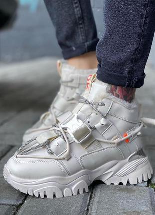 Высокие кроссовки теплые ботинки