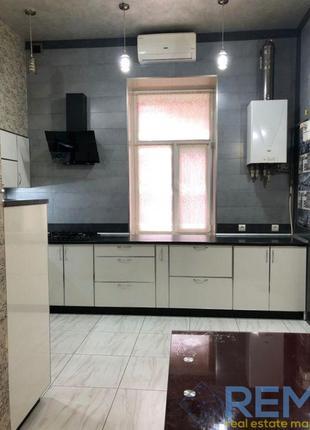Продам однокомнатную квартиру ул.Среднефонтанская (