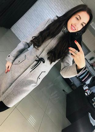 Шерстяное женское пальто демисезонное