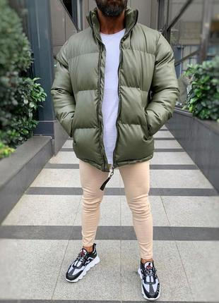 Кожаная мужская зимняя куртка пуховик цвета хаки