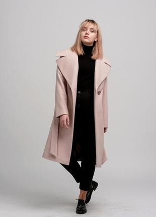 Стильное женское пальто season пудрового цвета
