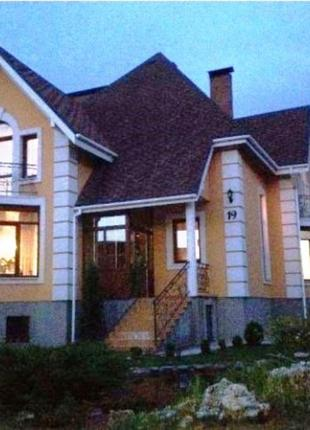 Двухэтажный дом общей площадью 290 кв. м.№ 137206
