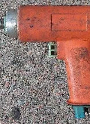 Дрель пневматическая пистолетного типа ИП-1019 без патрона