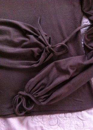 Коричневая блуза с ажурными руковами