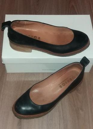 Кожаные туфли  фирмы office
