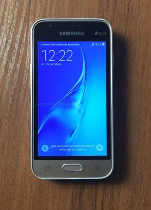 Смартфон Samsung Galaxy J1 Mini J105H (70353)