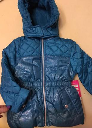 Курточка на девочку 4 года