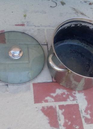 Кастрюля с крышкой на 10 литров