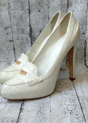 Vip! шикарнейшие туфли от бренда givechy,37р.,оригинал