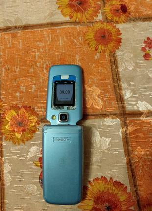 Мобильный телефон Nokia 6290