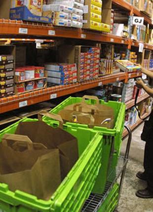 Рабочие на склад продуктов питания Rohlik в Чехию