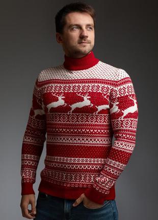 Мужской свитер с оленями красно-белый с прямой горловиной