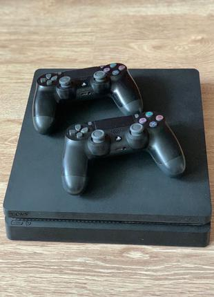 PS 4 Slim 500 GB + игры