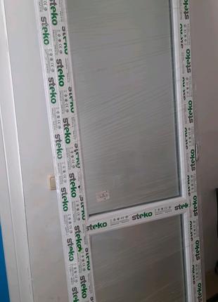 Межкомнатная дверь с матовым стеклом