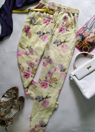 Винтажные зауженные брюки штаны бананы в цветы, мом высокая талия