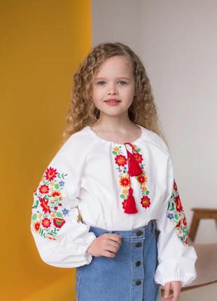 Блуза вышиванка для девочек р.140-170 с цветочной вышивкой