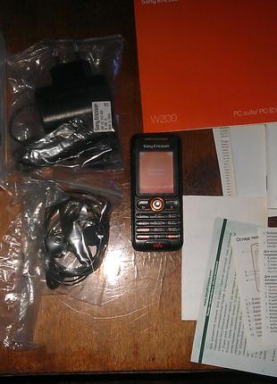 Мобильный телефон Сони эриксон w200