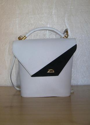 Нарядная сумочка из 100% плотной натуральной кожи, носка в 2-х...