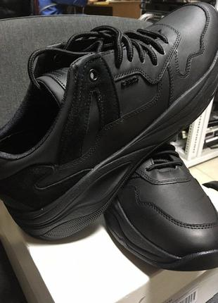 Кросівки для міста Geox