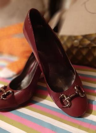 Кожаные итальянские туфли 38  р