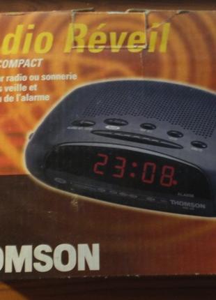 Радио-часы Thomson RR 40