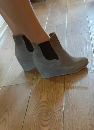 Замшевые ботиночки испания