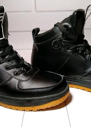 Зимние мужские кроссовки Nike