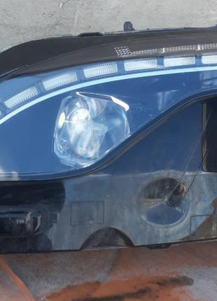 Peugeot 3008 II Фара 9826572780