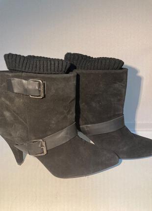 Жіночі туфлі каблуки