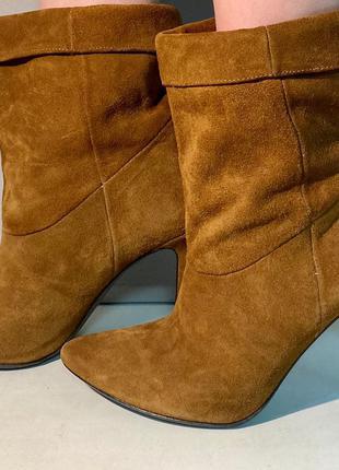 Жіноче взуття каблуки