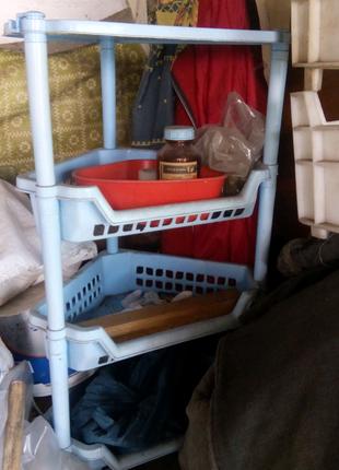 Пластиковая подставка этажерка