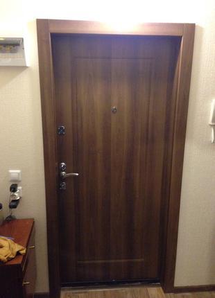 Установка и ремонт дверей (Обшивка МДФ, обивка, врезка замков)